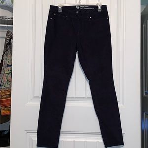 Gap brand dark navy blue corduroy pants!